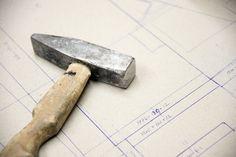 Työvaihe: Sohvarungon valmistus | Craft: Framework production Tuotantolinja: Sohvat | Production line: Sofas  #pohjanmaan #pohjanmaankaluste  #craftsman #craftsmanship #handmadefurniture #furnituremaker #furnituredecor