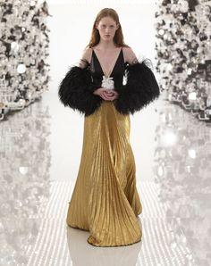 Fashion Week, High Fashion, Fashion Show, Fashion Trends, Alessandro Gucci, Ford, Purple Mini Dresses, Mode Plus, Louis Vuitton