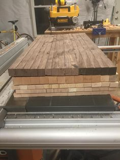 Diy Wooden Projects, Wood Shop Projects, Wooden Diy, End Grain Cutting Board, Diy Cutting Board, Wood Cutting Boards, Beginner Woodworking Projects, Woodworking Plans, Wood Patterns