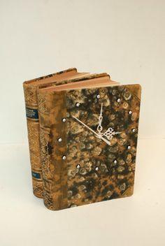 Kirjastolehti   Aikakirja Old Books, Repurposed, Decorative Boxes, Notes, Diy, Vintage, Ideas, Home Decor, Repurpose