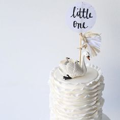 Cake inspo cos you all know how much I love swans  cake by @lamannapatisserie…