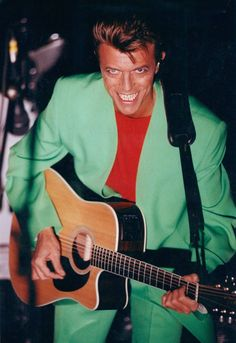 David Bowie performing with Tin Machine in Stockholm, 19 October 1991 © Fredrik Hjerling aftonbladet. Angela Bowie, David Bowie, Rod Stewart, Mick Jagger, Duncan Jones, Tin Machine, Bowie Starman, The Thin White Duke, Major Tom