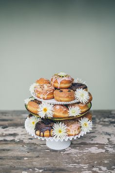 wedding donuts, photo by From SF with Love http://ruffledblog.com/modern-wedding-tribute-to-elvis-and-priscilla-presley #doughnuts