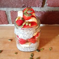 1C coconut milk, 1 tsp vanilla, 1.5tsp maple syrup, 2 tbsp chia seeds, 1 tbsp oat bran. Topped with bananas, strawberries and pumpkin seeds