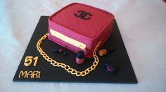 Tarta bolso #purseChanel cake, by Dulcemelcocha