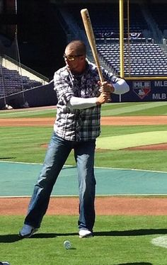 Glad to see Chipper back at the ballpark;) He is helping BJ Upton with his batting. Chipper Jones, Baseball Field, Trauma, Drugs, Larry, Sports, Idol, Country, Hs Sports