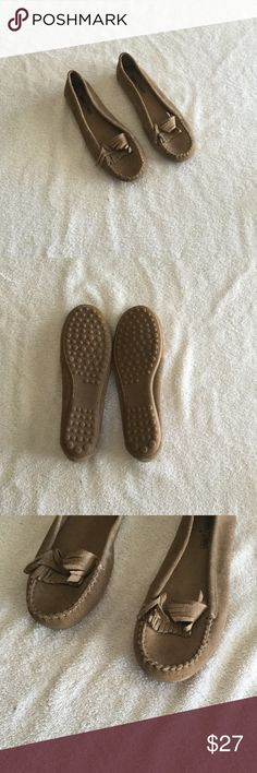 Minnetonka - Leather Upper Shoes Excellent condition Minnetonka Shoes