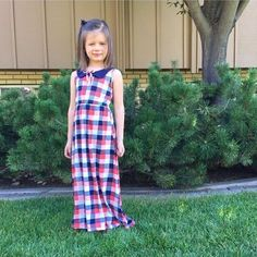 @statelytype & @makervalley little cutie in our Penny mini maxi on sale & an extra 20% off now through Tuesday! Use code memorialday20. Tag your friends! #humstitchery