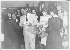 """""""Sí. Confieso que tengo una ambición, una sola y gran ambición personal: quisiera que el nombre de Evita figurase alguna vez en la historia de mi Patria."""" Eva Duarte de Perón"""