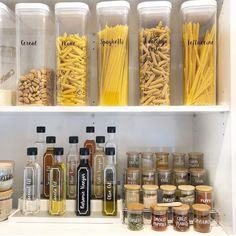 new Ideas organization diy kitchen pantry how to organize Kitchen Organization Pantry, Spice Organization, Home Organisation, Diy Kitchen Storage, Pantry Storage, Kitchen Pantry, Kitchen Hacks, Kitchen Ideas, Organized Pantry
