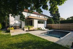 Superb Architecture / Contemporain / Agrandissement / Bois / Terrasse / Piscine /  Pavé / Mobilier Extérieur