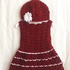 Gorgeous dress set ready to ship for a little girl. It's a perfect gift for a precious little princess. Size 2T,3T