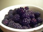 How to Make Wild Blackberry Jam: Canning Recipe.no pectin! Jelly Recipes, Jam Recipes, Canning Recipes, Canning Tips, Blackberry Recipes, Wild Blackberry Jam Recipe, Canned Food Storage, Fruit Preserves, Jam And Jelly