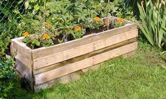3 Free Container Garden Plans Using Reclaimed Pallets | The Fun Times Guide to Living Green