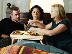 """Meredith meddles, things get a bit too close for comfort with Callie, Arizona and Mark and Lee Majors guest stars on Grey's Anatomy: """"Poker Face. Greys Anatomy Season 8, Greys Anatomy Characters, Greys Anatomy Cast, Meredith Grey, Calliope Torres, Netflix, Arizona Robbins, Jessica Capshaw, Eric Dane"""