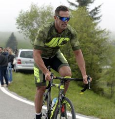 Cycling Weekly, Cyclists, Bicycle, Mountain, Racing, Italia, Running, Bike, Bicycle Kick