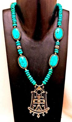 Turquoise Drama! Courtesy of the Tuareg, Tibetans and Nepalese! Necklace Tuareg, supplies by Tibet and Nepal