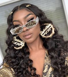Black Wigs Lace Frontal 30 Inch Bundles Wigs For Women Over 50 Best Moisturizer For Black Hair Sell Human Hair Cheap Full Lace Wigs Black Girl Fashion, Look Fashion, Black Girls Hairstyles, Wig Hairstyles, Casual Hairstyles, Creative Hairstyles, Medium Hairstyles, Latest Hairstyles, Cheap Full Lace Wigs