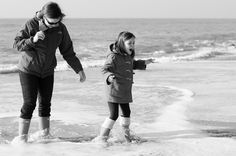 Fab outdoors, adult & child both reacting the same way to the joy of it https://flic.kr/p/e6RvoG | JON_6923