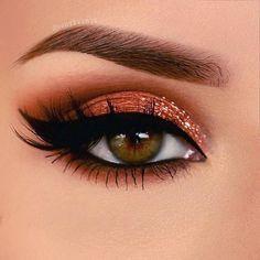 eye makeup with orange hair & eye makeup for orange hair ; make up orange hair eye makeup ; eye makeup with orange hair Cute Makeup, Gorgeous Makeup, Makeup Geek, Makeup Tools, Eyeshadow Makeup, Makeup Addict, Makeup Ideas, Glitter Eyeshadow, Glam Makeup