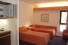 Ferias na costa alentejana. No Hotel Apartamento Sinerama 2,3 ou 5 noites para 2 adultos+1 crianças em apartamento T0 com pequeno almoço, desde 285€. - Descontos Lifecooler