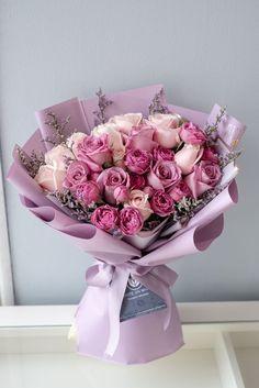 Boquette Flowers, Flower Bouquet Diy, Pink Rose Bouquet, Beautiful Bouquet Of Flowers, Luxury Flowers, Beautiful Flower Arrangements, Floral Bouquets, Beautiful Flowers, Flowers Birthday Bouquet