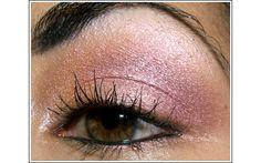 5 Innovative Ways to Use Eyeshadow http://blog.birchbox.com/post/37383821198/5-innovative-ways-to-use-eyeshadow-guest-blogger