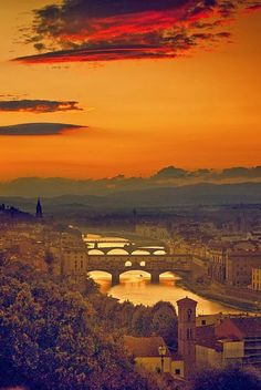 Four bridges of Firenze, Toscana, Italia Places Around The World, Oh The Places You'll Go, Places To Travel, Places To Visit, Around The Worlds, Wonderful Places, Beautiful Places, Beautiful Sunset, Stunningly Beautiful