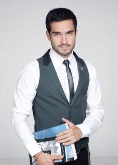 Alfonso Herrera @Alfonso Herrera