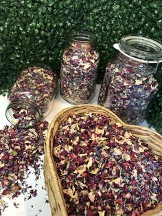 Dried flower wedding confetti bar. Confetti ideas for displaying at your event. Petal confetti throwing mix.