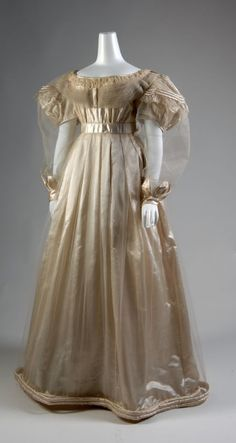 Circa 1830 evening dress via The Museum at FIT, I wasn't sure if this was Victorian or Regency, because my sources say the Victorian Era started in 1935..