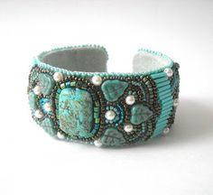 Precious Heartbeads - IgazGyöngyök: bead embroidery