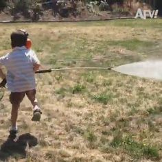 Super Funny Videos, Funny Videos For Kids, Funny Video Memes, Crazy Funny Memes, Funny Short Videos, Really Funny Memes, Funny Relatable Memes, Funny Jokes, Hilarious