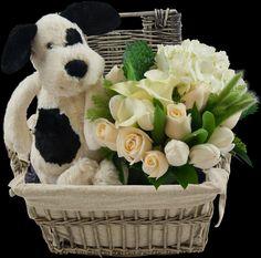 Preciosa canasta decorada con un bouquet, peluche y galletas!  www.apartefloral.com  #bebes, #regalos,#florespararegalar