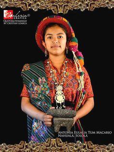 Traje indígena de Nahualá Sololá GUATEMALA