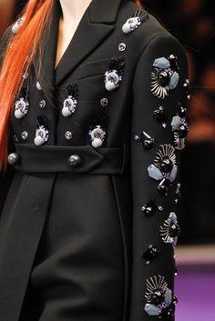 Prada Fall 2012 Ready-to-Wear Fashion Show Couture Fashion, Runway Fashion, High Fashion, Fashion Show, Womens Fashion, Dior Couture, Couture Details, Fashion Details, Fashion Design