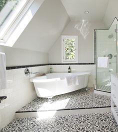 30 Fliesen Badezimmer Ideen Im Mediterranen Stil #badezimmer #fliesen  #ideen #mediterranen