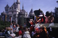 Years Since Disneyland First Opened Stock Pictures, Royalty-free Photos & Images Disneyland Opening Day, Disneyland History, Disney Posters, Vintage Pictures, Walt Disney, Dolores Park, Anaheim California, Stock Photos, Actors