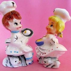 LITTLE-CHEFS-034-SUSIE-amp-PAULIE-034-Salt-and-Pepper-Shakers-NORCREST-JAPAN-c1952