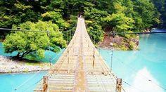 静岡県にある「夢の吊り橋」とエメラルドグリーンの湖を知っていますか?2016