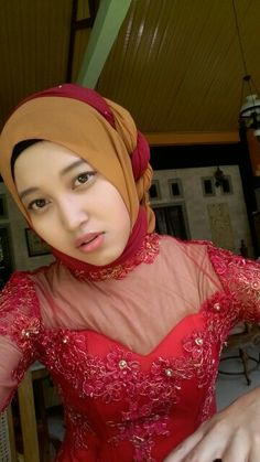 #trendhijab #kebaya #kebayaIndonesia