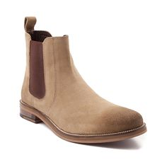 Clarks Shoes, Boot styles And A Lot More for People Chelsea Boots Heel, Chelsea Shoes, Fashion Boots, Mens Fashion, Timberlands Shoes, Shoe Boots, Man Shoes, Brown Boots, Clarks