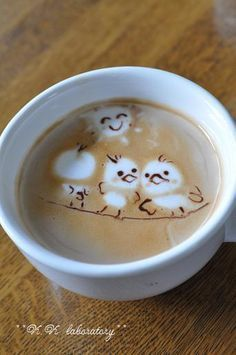 These little birds look nice and cozy! We love creative latte art like this! #coffee #coffeelovers