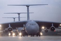 Federation of American Scientists :: C-141B Starlifter