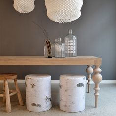 Scandinavian Chic: Norwegian Design: Ygg&Lyng - traditional design and craftsmanship with a modern twist Interior S, Scandinavian Interior, Interior Design, Lounge Diner Ideas, Diner Table, Light Grey Walls, Restaurant Furniture, Living Styles, Home Decor Trends