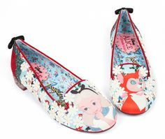 These Curiouser flats from Irregular Choice inspired by Disney& animated Alice in Wonderland are limited edition. They feature Alice and Dinah on both the toes and the soles, just about to get into trouble. Alice In Wonderland Shoes, H&r London, Floral Flats, Disney Outfits, Disney Shoes, Disney Style, Disney Dream, Alice In Wonderland, Taschen