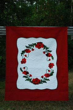 Poppy Quilt king size hand appliqued