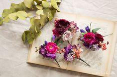 パープルボルドーヘッドパーツ Boutonnieres, Wedding Hairstyles, Floral Wreath, Bloom, Hair Accessories, Gift Wrapping, Wreaths, Green, Flowers