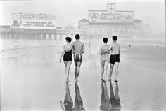 Morning on the Beach, Atlantic City, 1956 byFrank Paulin