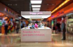 """Happy Store en el centro comercial """"La Illa"""", Barcelona."""